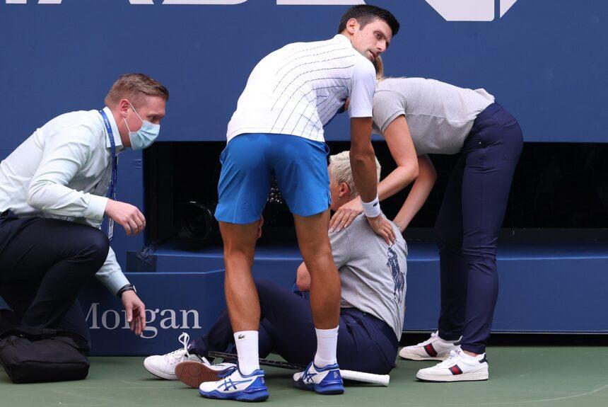 US Open: coup de tonnerre, Djokovic disqualifié pour un geste d'humeur sur une juge de ligne