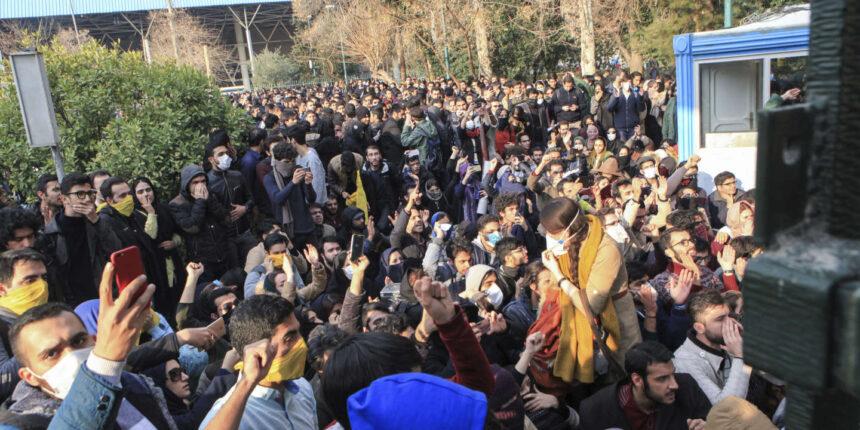 Le jeune lutteur Navid Afkari a été exécuté en Iran