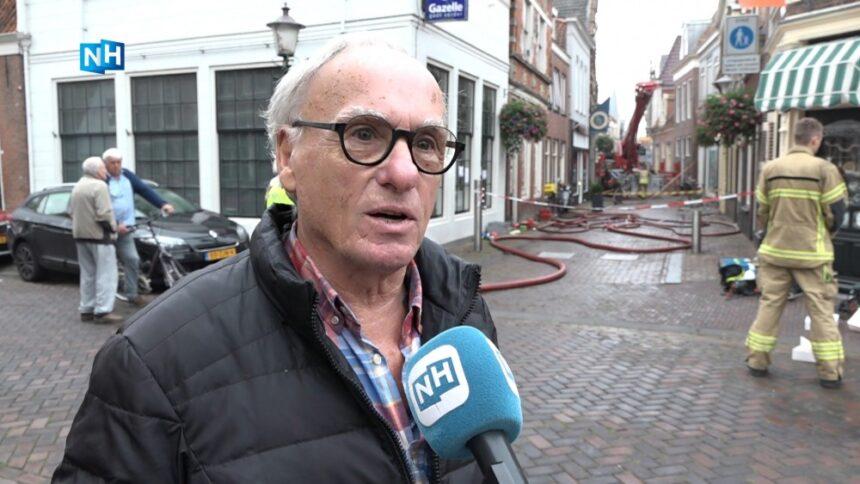 "Buurtbewoners geschrokken na grote brand in centrum Enkhuizen: ""Je pakt de gekste spullen"""