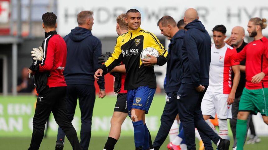 VVV wint doelpuntenfestijn in Emmen mede dankzij hattrick Giakoumakis