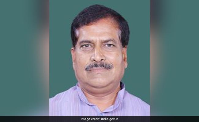 Junior Railways Minister Suresh Angadi Dies Of Covid