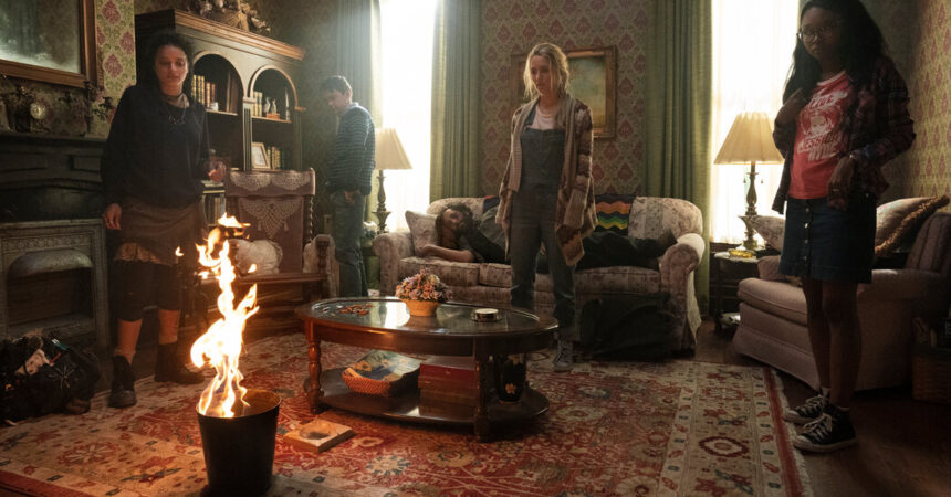 'Utopia' Review: Gillian Flynn's Dystopian Thriller on Amazon Prime Video