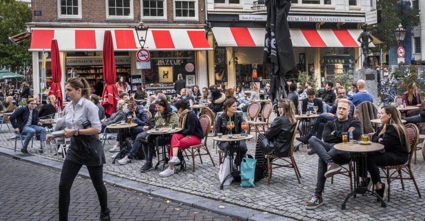Strengere regels voor de horeca en voor kantoorwerkers