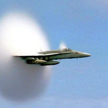 """Le """"bruit d'explosion"""" entendu en Île-de-France causé par un avion qui a franchi le mur du son"""