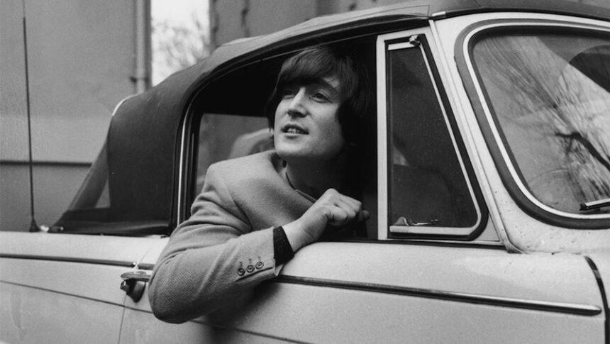 «Дайте миру шанс!»: 80 лет со дня рождения Джона Леннона