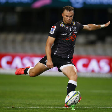 Curwin Bosch boots Sharks to opening Super Rugby Unlocked victory