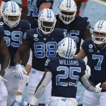 College football scores, NCAA top 25 rankings, schedule, games today: Auburn vs. Arkansas, UNC wins shootout