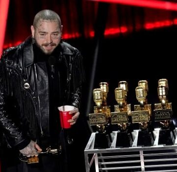 Post Malone sweeps Billboard Awards
