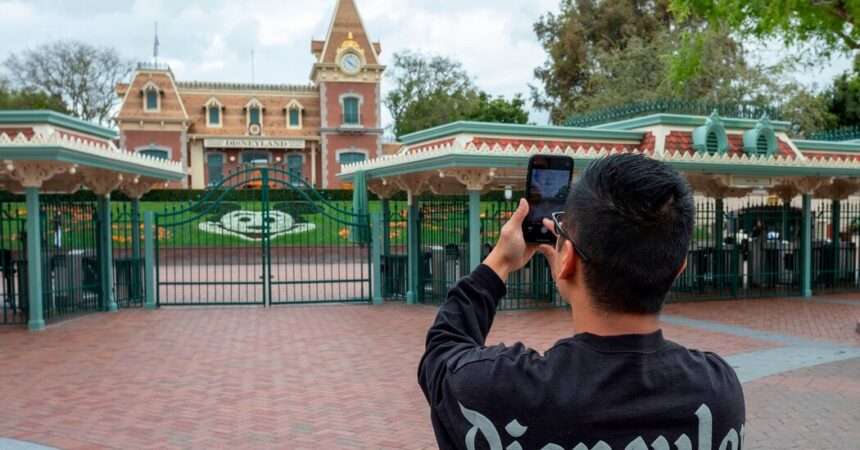 Disneyland and Other California Theme Parks Get Rules for Reopening