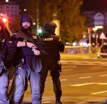 Central Vienna rocked by gunfire in suspected terror attack