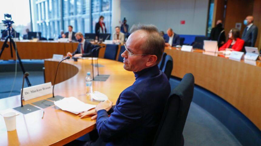 Zeuge verweigert jede Auskunft:Dr. Braun in der Endlosschleife