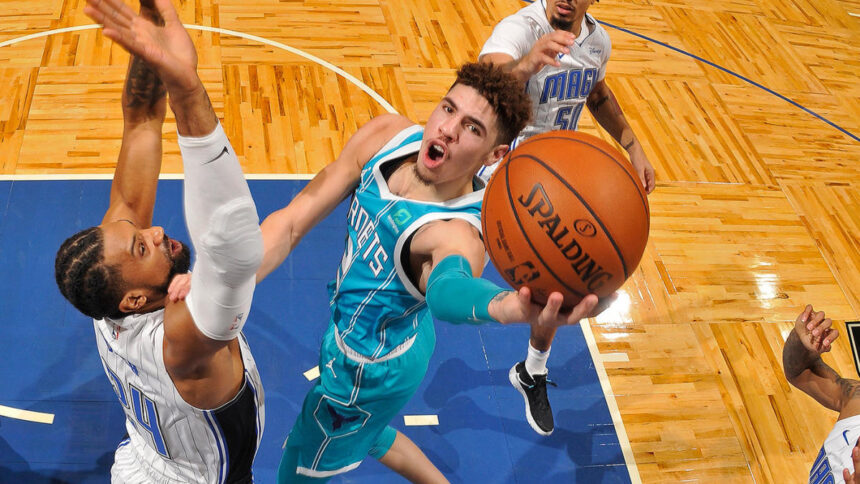 NBA preseason: LaMelo Ball draws praise from D-Wade; James Harden as hot as trade rumors; Steph Curry cooking