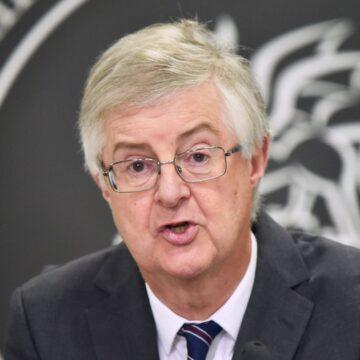First Minister Mark Drakeford calls emergency cabinet meeting over new strain of coronavirus