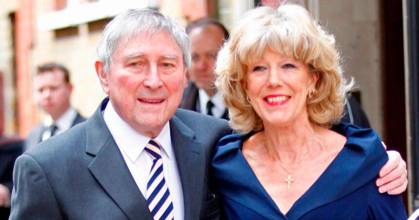 Mark Eden dead: Coronation Street actor dies at 92 after Alzheimer's battle