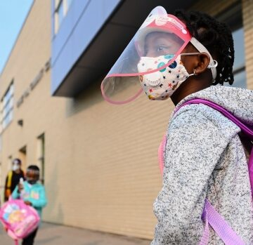 Schools in 7 southern Ontario regions will reopen Monday, rest will remain closed