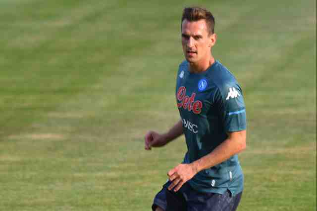 Transferts : l'attaquant de Naples Arkadiusz Milik prêté à l'OM (officiel)