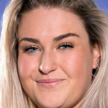 Big Brother-bewoonster Jill afgevoerd met ambulance