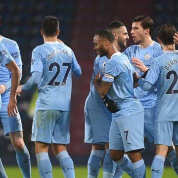 Man City go top, Arsenal gain revenge on Saints