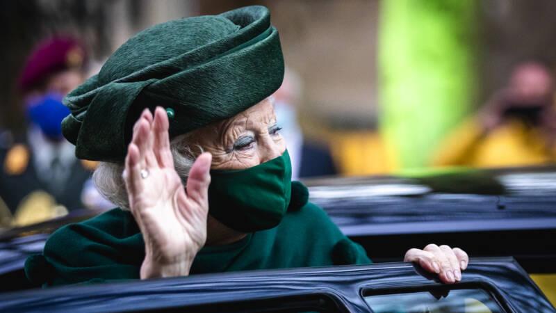 Beatrix viert 83ste verjaardag in beperkte kring