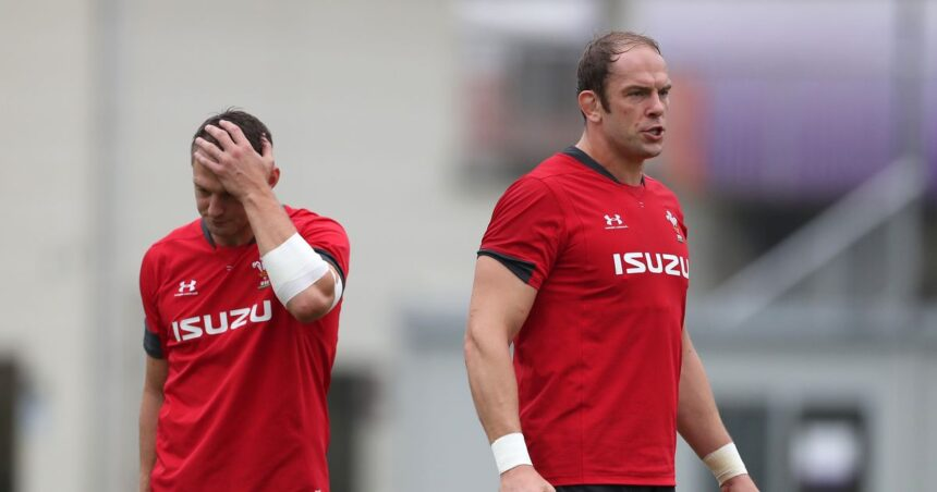 Alun Wyn Jones 'punched by team-mate' as Wales captain suffers black eye in incident