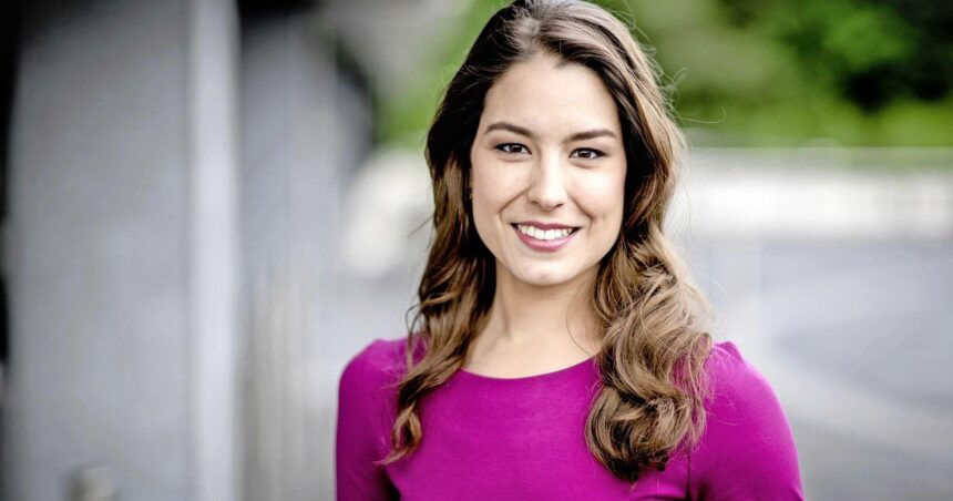 NOS-nieuwslezeres Amber Brantsen bevallen van dochter