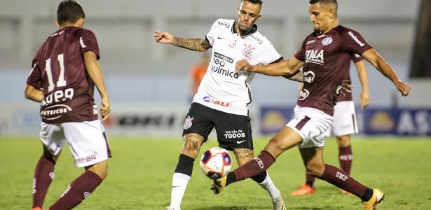 De virada e com golaço no fim, Ferroviária bate o Corinthians em Araraquara