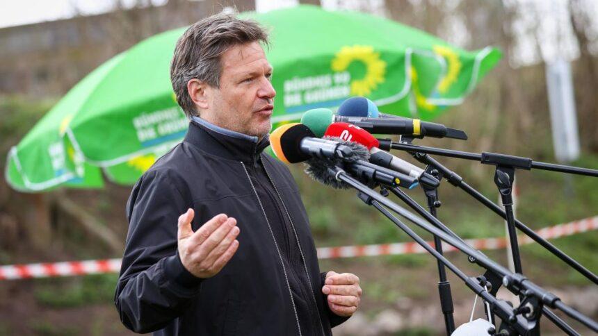 """Grünen-Kanzlerkandidatur: """"Wir werden das am Montag fröhlich und souverän verkünden"""""""