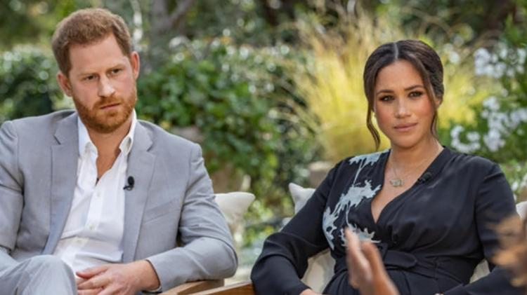 Príncipe Harry e Meghan Markle anunciam o nascimento de Lilibet Diana