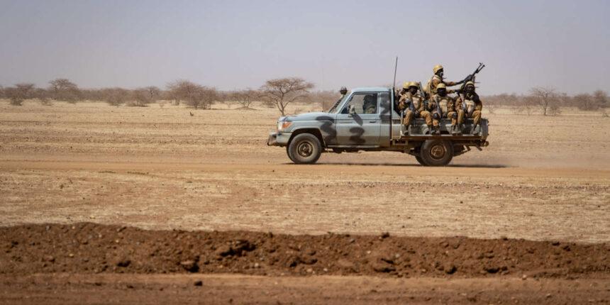Au Burkina Faso, l'horreur et la sidération après l'attaque qui a fait 160 morts