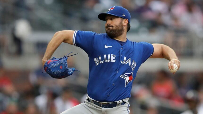 Robbie Ray takes no-hitter into seventh as Blue Jays beat Rays