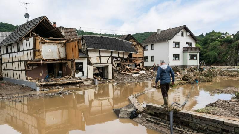 Chaos is groot in westen van Duitsland, zeker 45 doden door watersnood