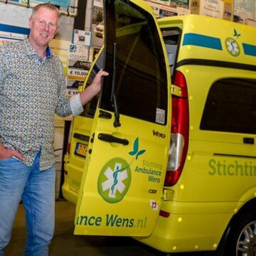 Kees Veldboer (62), oprichter Stichting Ambulance Wens, overleden