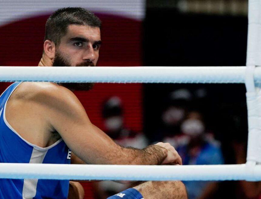 JO de Tokyo 2021 : le boxeur français Mourad Aliev dénonce « un vol » après sa disqualification