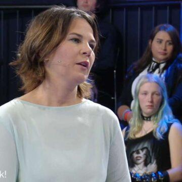 """Klartext"" im ZDF: Baerbock lässt bei Elektro-Autos nicht locker"