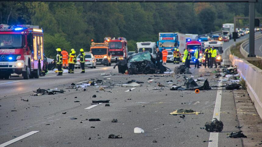 A5/Frankfurt: Vier Tote nach Unfall-Drama in Hessen