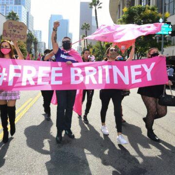 La chanteuse Britney Spears libérée de la tutelle de son père par un tribunal