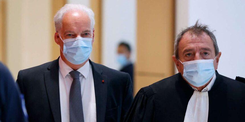 Dix à douze mois de prison avec sursis requis contre le ministre Alain Griset pour déclaration de patrimoine incomplète