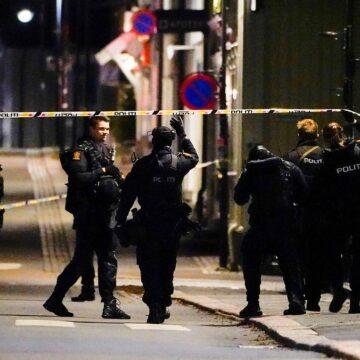 Mann mit Pfeil und Bogen gefasst: Tote und Verletzte bei Amoklauf in Norwegen