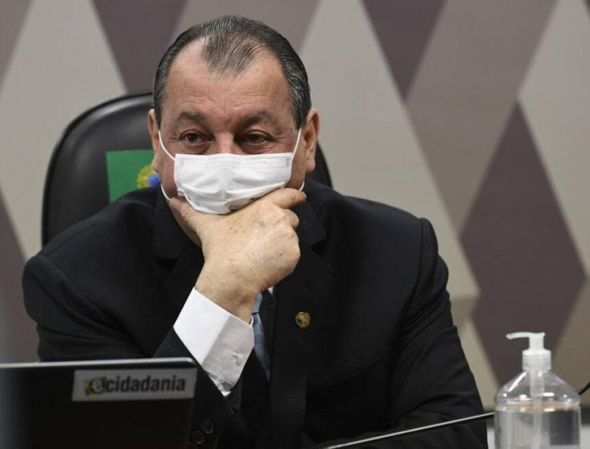 'Ninguém é besta aqui', diz Omar Aziz sobre Renan ter exposto divergências na CPI da Covid