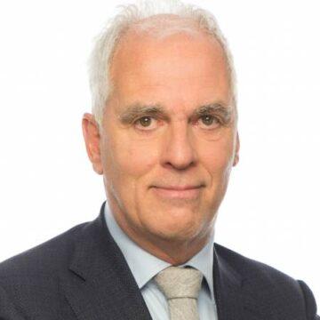 Ron Fresen stopt als politiek duider bij het NOS Journaal