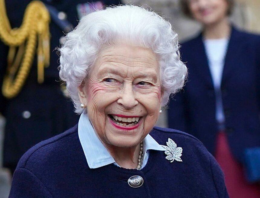 Sorge um 95-Jährige: Warum musste die Queen ins Krankenhaus?
